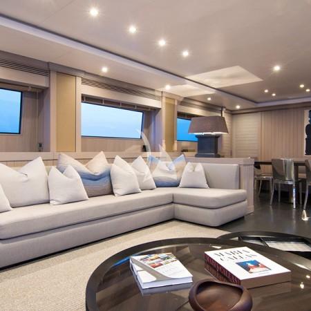 regina k yacht living area