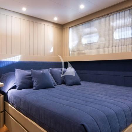 regina k yacht cabin