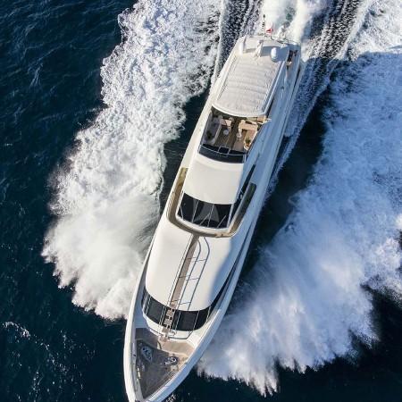 Rini yacht