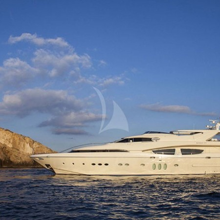luxury yacht Greece