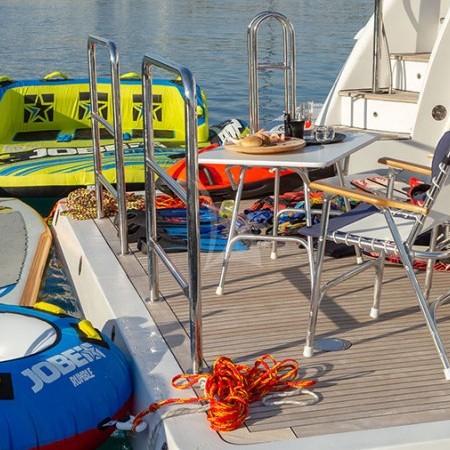 Riva I Yacht swimming platform