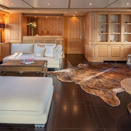 yacht's salon