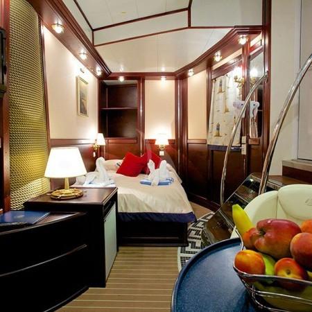 Greece sailing yacht charter