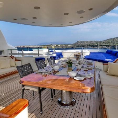 serenity yacht deck dining