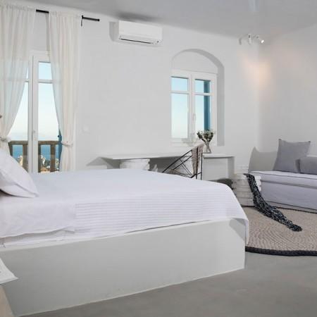 Villa Rental in Mykonos with 9 Bedrooms
