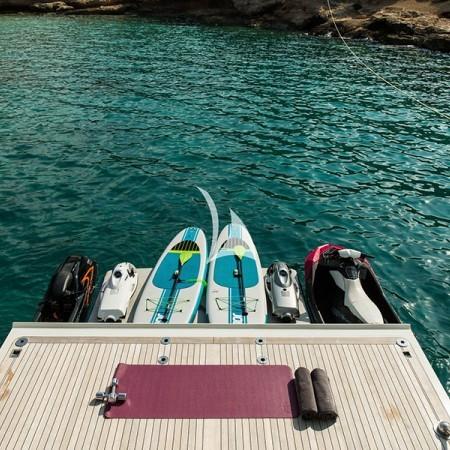 luxury yachting Mykonos