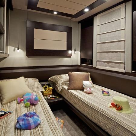 twin cabin Azimut Yacht