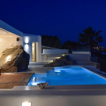 villa Lunetta Mykonos pool at night