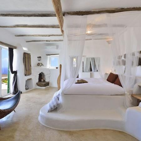 villa Mykonos Gem master bedroom