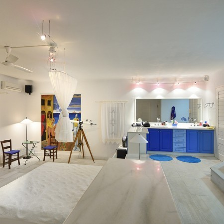 villa paradise double bedroom