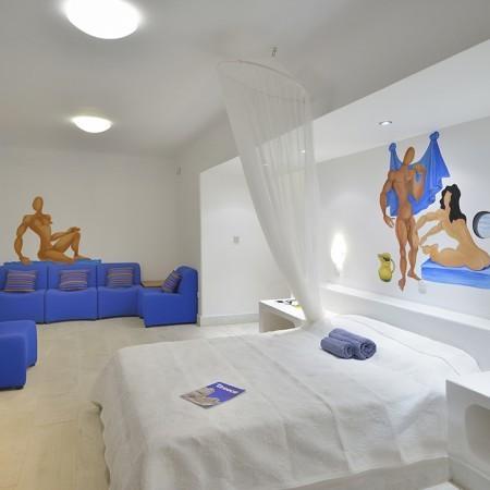 villa paradise bedroom