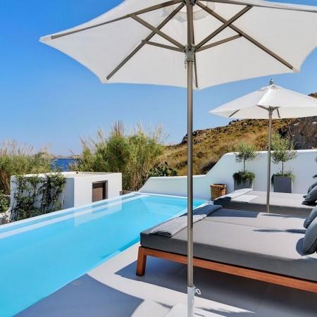 4 bedroom villa for rent in Psarou
