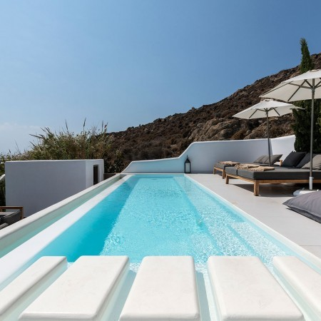 house for rent in Psarou Mykonos