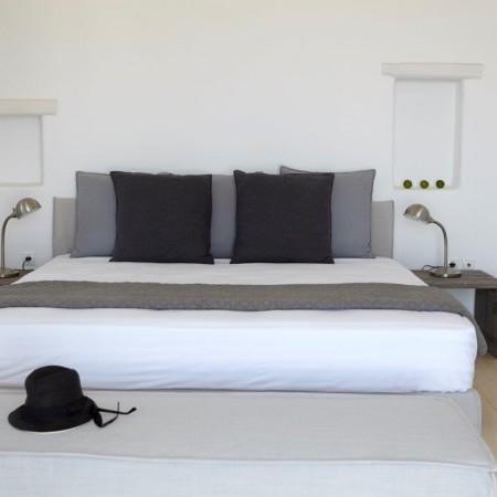 villa moon double bedroom