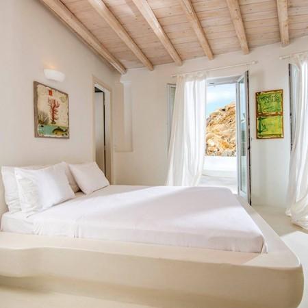 mykonos villa 18 guests