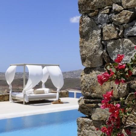 sun bed pool mykonos