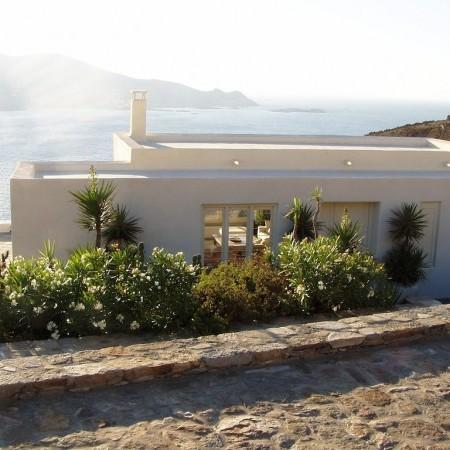 mykonos villa entrance
