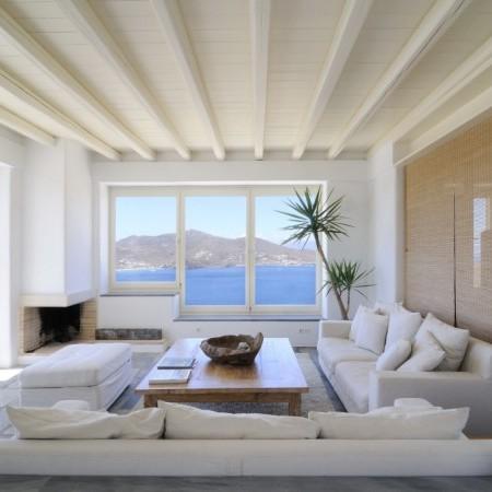 villa omnia living room