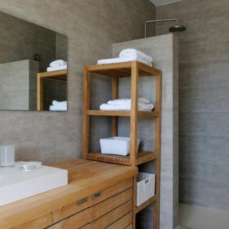 villa omnia bathroom