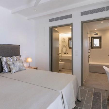 7 bedroom villa for rent in Mykonos