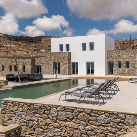 luxury villa rental in Mykonos