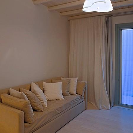 en-suite living room