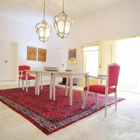 villa orsalia dining area