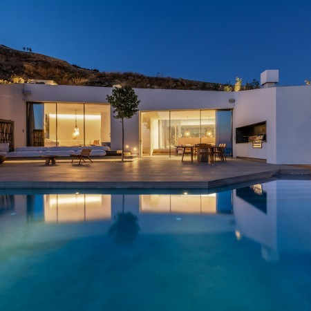 modern villa for rent Mykonos