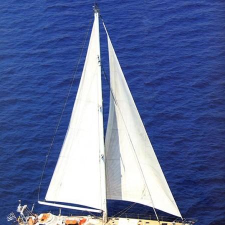 sailing yachts greece