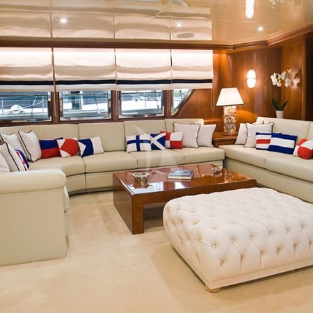 Wind of Fortune  yacht's main living area