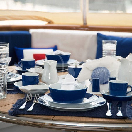 yacht's outdoor dining