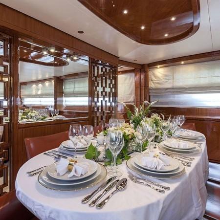 zen yacht formal dining