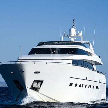 yacht charter Greece Zen