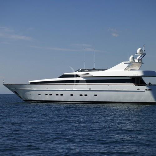 feligo v yacht