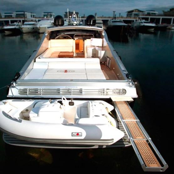 cigarette 55 yacht mykonos