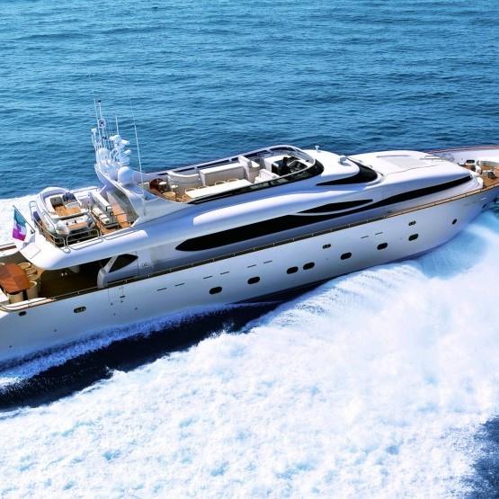 paris a luxury yacht
