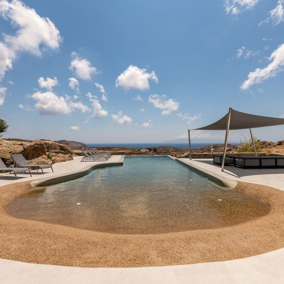 luxury villa rental in Mykonos